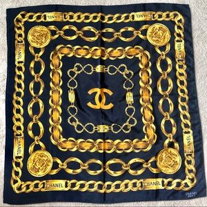 CHANEL Silk Navy Gold Chain Scarf Vintage